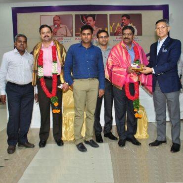 Hearty Send-off felicitation to Sri GVG Ashok Kumar, IPS, DCP(A) and Sri G.Palaraju, IPS, DCP (L&O-2) Vijayawada City on the occation of their transfers on 01.07.2017