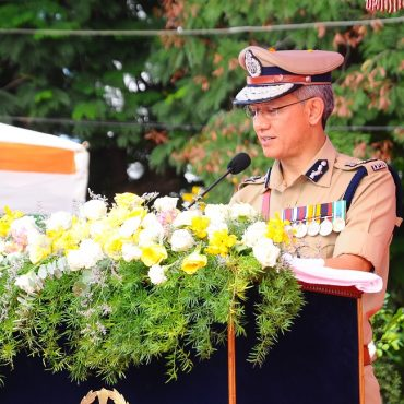 Sri D. Gautam Sawang, IPS, Commissioner of Police participating in Independence Day Celebrations on 15.08.2017 at CAR Grounds in Vijayawada - 3