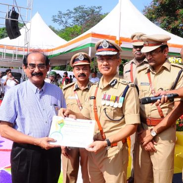 Sri D. Gautam Sawang, IPS, Commissioner of Police participating in Independence Day Celebrations on 15.08.2017 at CAR Grounds in Vijayawada - 5