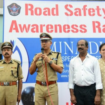 Sri D. Gautam Sawang, IPS, Commissioner of Police participating in attending bike rally at Benz circle emphasising helmet usage on  02-10-2017