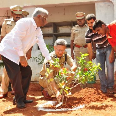 Sri D. Gautam Sawang, IPS, Commissioner of Police planting a sapling at City Armed Reserve grounds as part of World Environment Day on 05.06.2017