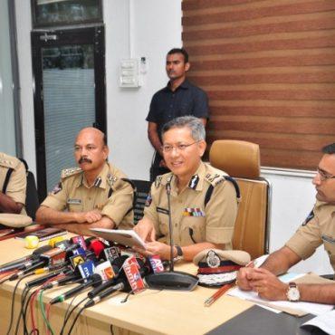 Sri D. Gautam Sawang, IPS, Commissioner of Police speaking about Agrigold holders enter details on - 10-10-2017
