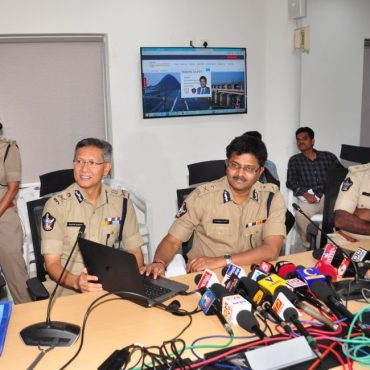 Sri N. Sambasiva Rao, IPS, DGP, A.P. launching Website of Vijayawada City Police