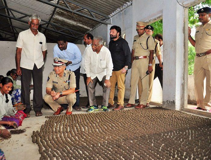 Sri D. Gautam Sawang, IPS, Commissioner of Police, Vijayawada City asking about Seed Balls Making as part of Vanam-Manam Programme on 05.08.2017