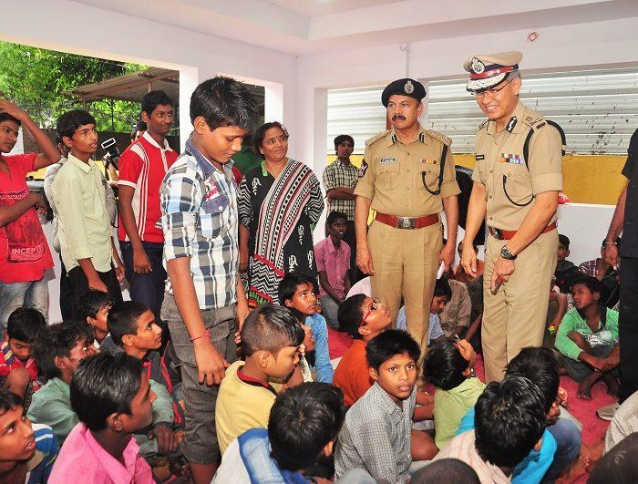 Sri D. Gautam Sawang, IPS, Commissioner of Police, Vijayawada City speaking in Operation Muskan to rescue missing children on 18.07.2017 2