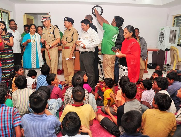 Sri D. Gautam Sawang, IPS, Commissioner of Police, Vijayawada City speaking in Operation Muskan to rescue missing children on 18.07.2017 4