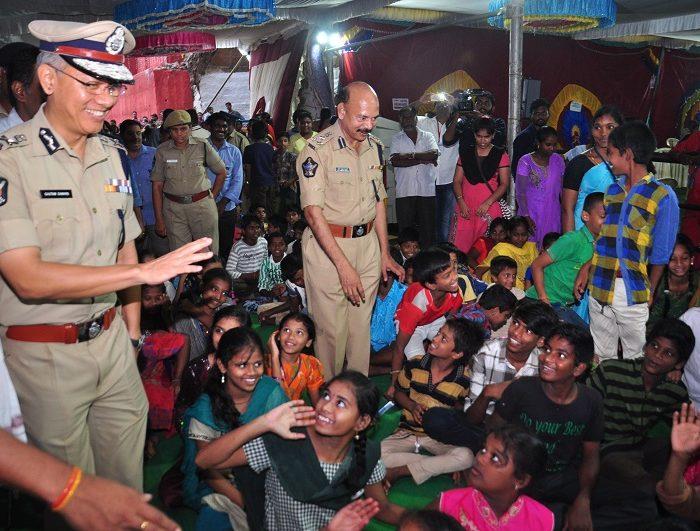 Sri D. Gautam Sawang, IPS, Commissioner of Police facilitating quick darshan of Sri Kanakadurga Ammavaru to Old age people and Divyangulu during Dasara celebrations 2