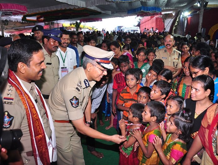 Sri D. Gautam Sawang, IPS, Commissioner of Police facilitating quick darshan of Sri Kanakadurga Ammavaru to Old age people and Divyangulu during Dasara celebrations 3