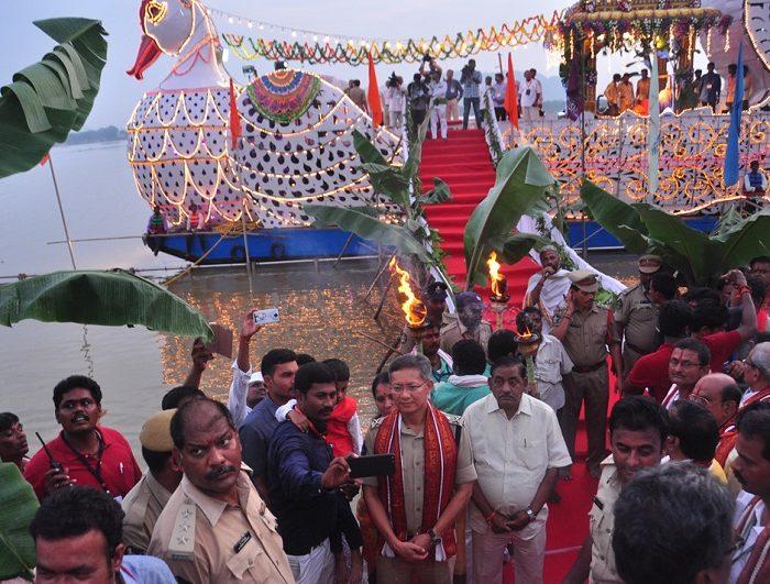 Sri D. Gautam Sawang, IPS, Commissioner of Police participating in 'Teppotsavam' (celestial boat ride) of Sri Kanakadurga Ammavaru on 30.09.2017 - 2
