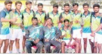 యూత్ నేషనల్ బాల్ బ్యాడ్మింటన్ చాంప్ ఆంధ్ర జట్టు