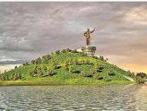 నీరుకొండపై ఎన్టీఆర్ కాంస్య విగ్రహం